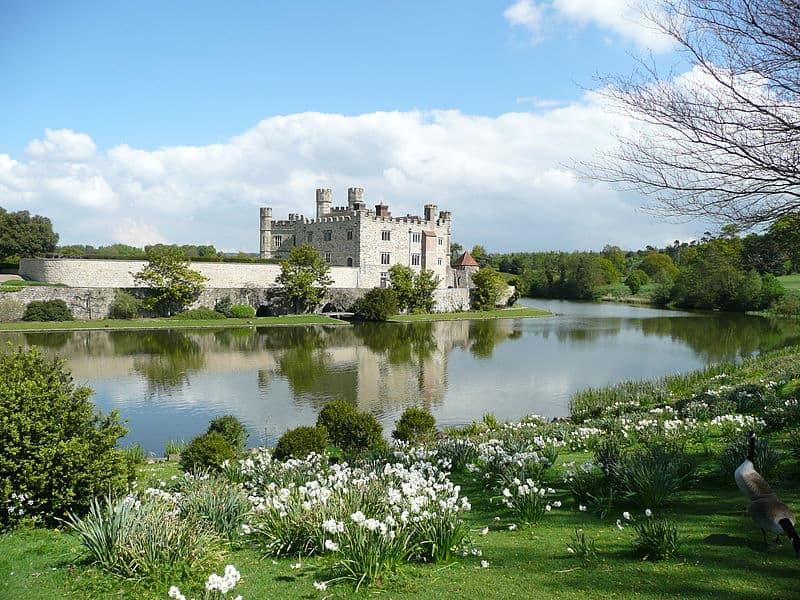 Castle Tours In England Chauffeur Tour Leeds Castle Dover Castle - Tours of england