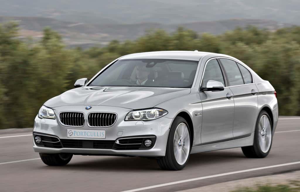 Portcullis Executive Travel   BMW 5 Series Chauffeured Car Exterior