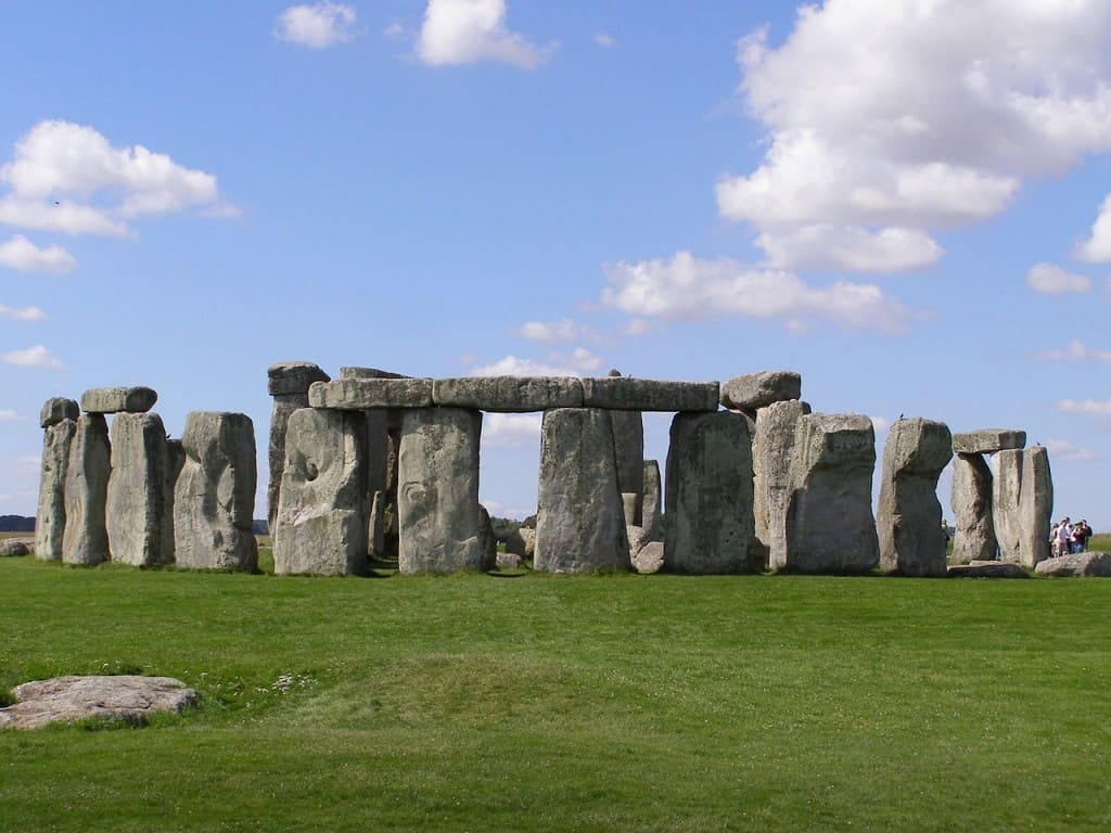 Portcullis Chauffeur Tours | Stonehenge